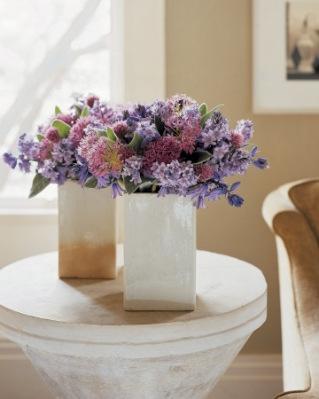 Bluebell Arrangement DIY Mingle dainty Spanish bluebells with fluffy chive blossoms for textured arrangements.