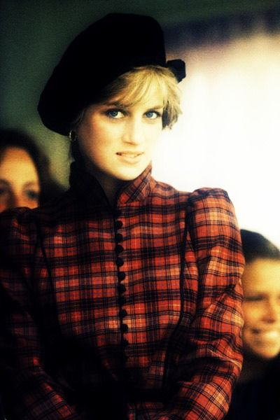 Gorgeous Di: Princesses Diana, The Faces, Diana Princesses, Timeless Style, Princess Diana, Photo, Princesses Of Wales, Ladies Diana, Diana Spencer