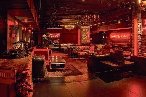 Titty Twister, un bar à la Tarantino. Ambiance tamisée et rock'n' roll: de l'underground américain à Paris.