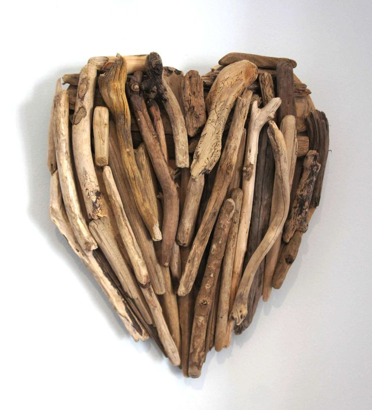 Drift wood can add another dimension to the beach party theme. We love the way it has been used to create a heart, but why not a star, or other shape  incorporated with lights as a design feature or center piece for tables.
