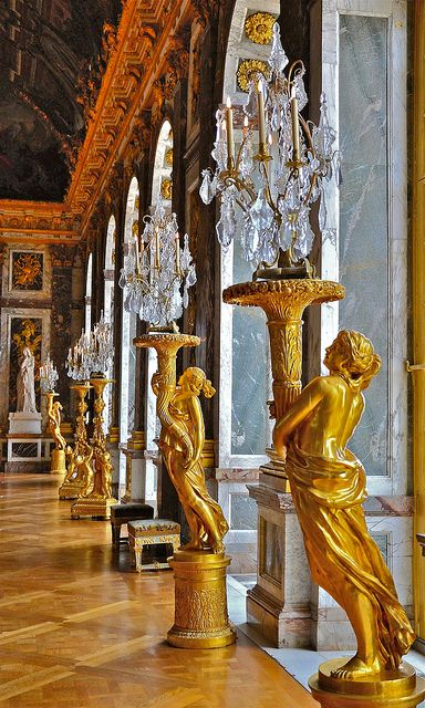 Gilded sculptured guéridons, Palace of Versailles