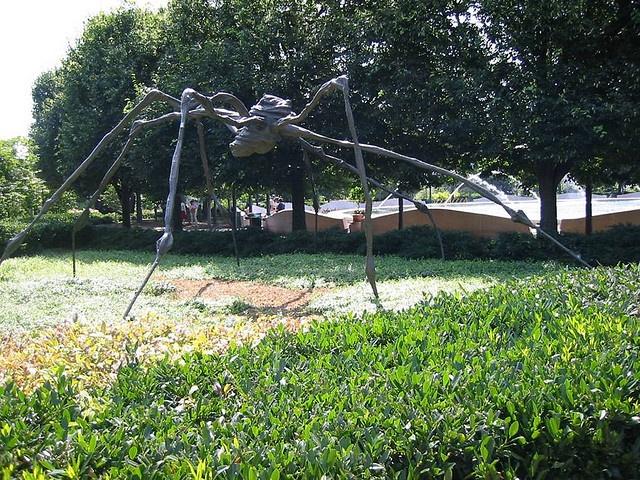 Louise bourgeois spider 1996 hirshhorn museum - Hirshhorn museum sculpture garden ...