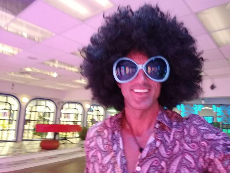 Igual que John Travolta en Fiebre Sábado Noche nuestros concursantes se lo pasaron en grande en la Fiesta Disco del pasado viernes 10 de noviembre