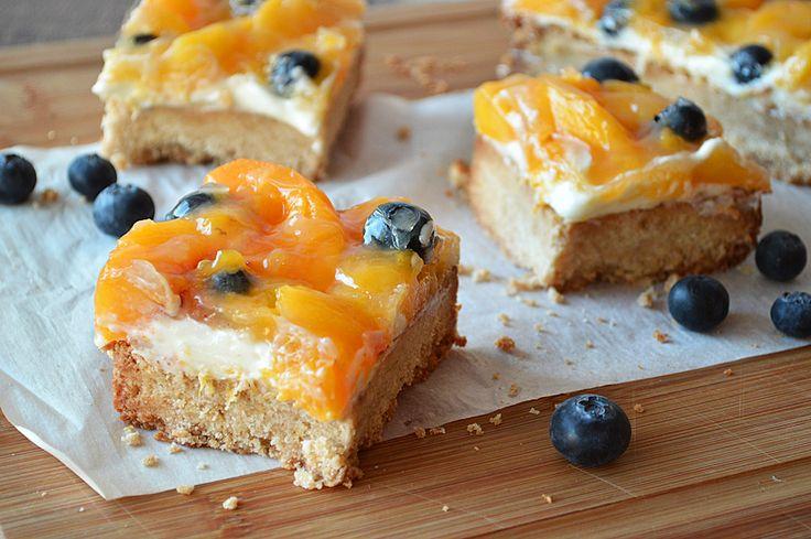 Peaches and Cream Dessert Squares