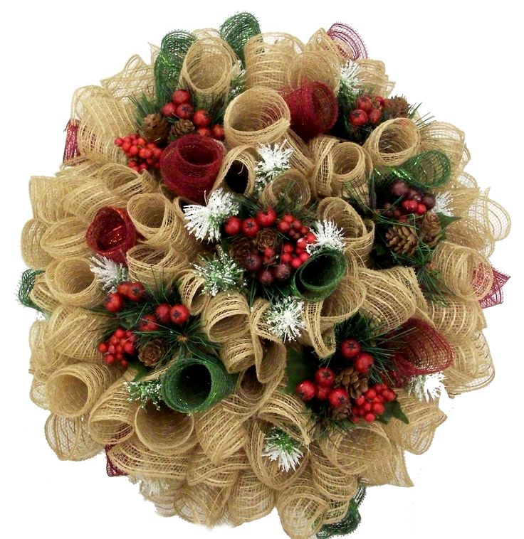Christmas Burlap Deco Mesh Wreath designed by Karen B., A.C. Moore Erie, PA #christmas #wreath #decomesh