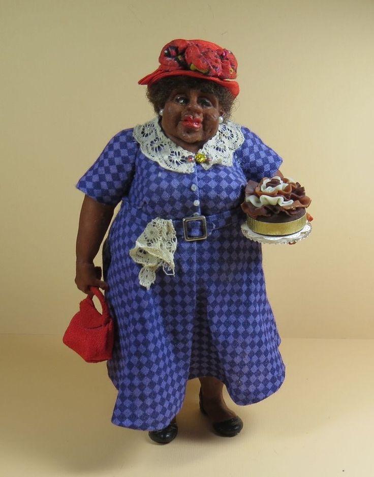 Dollhouse Miniature 1:12 Ellen Poitras BAKERY SHOPPING CHUBBY LADY OOAK IGMA