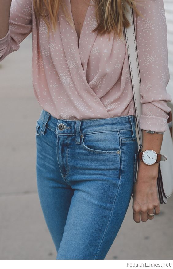 beautiful-blue-jeans-and-light-pink-shirt