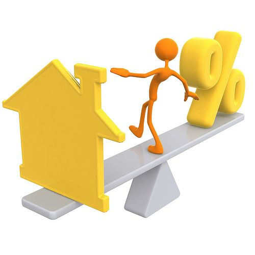 Becoming a successful agent requires no college degree. It is a flexible career with a high earning potential. That is why it is one of the most popular career choices in the US. Real estate agents serve as intermediary between sellers and buyers of properties. Some agents specialize in residential properties while commercial agents prefer dealing with office spaces and buildings.