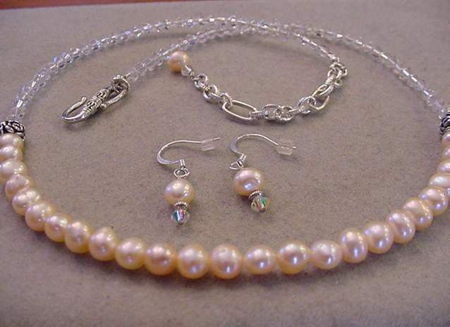 Crystal and Peach Freshwater Pearl Necklace Set Matching Freshwater pearl earrings Adjustable Necklace by Magicclosetbling on Etsy