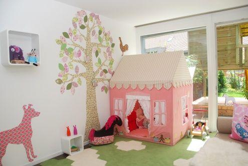 die besten 25 indoor spielhaus ideen auf pinterest. Black Bedroom Furniture Sets. Home Design Ideas