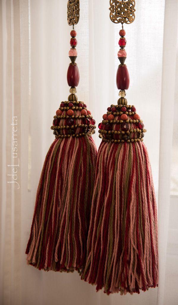 17+ best images about borlas, pompones, sujetadores de cortinas on ...