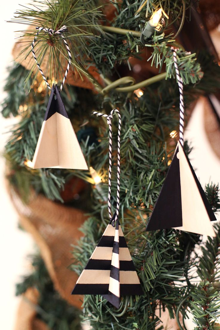Christmas Tree Christmas Tree Ornaments (It's Totally A Thing!) — DIY Blog - DIY Ideas | Kristi Murphy