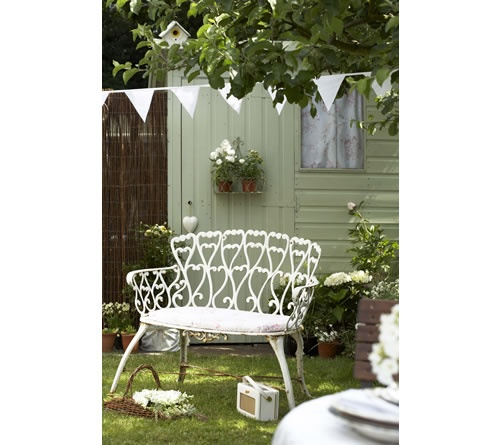 1000 images about cute sheds on pinterest gardens for Pretty garden sheds