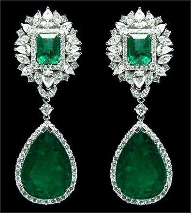 https://www.bkgjewelry.com/sapphire-ring/415-18k-yellow-gold-diamond-blue-sapphire-solitaire-ring.html Green Gemstone earrings.