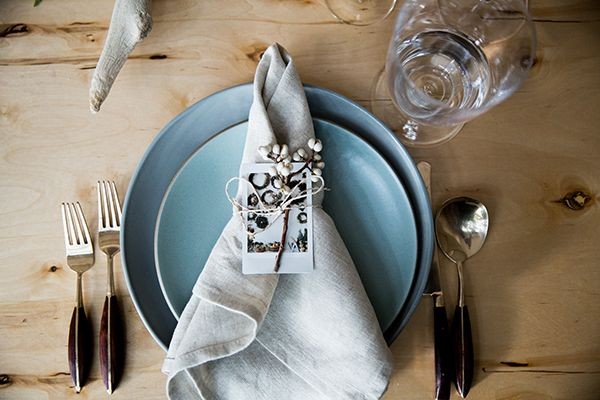 How to Style a Rustic Dinner Table for the Holidays | The Everygirl