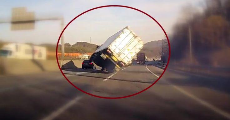 Vrachtwagenheld corrigeert slip als een baas - https://www.topgear.nl/autonieuws/vrachtwagenheld-corrigeert-slip-als-een-baas/
