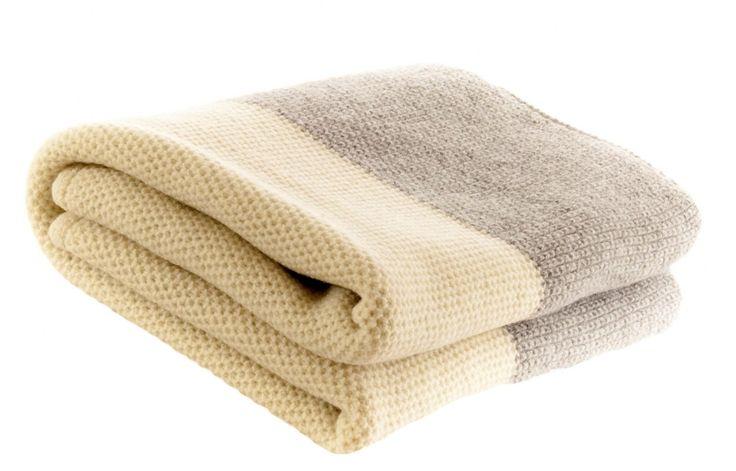 best 25 merino wool blanket ideas on pinterest arm knitting blankets arm knitting tutorial. Black Bedroom Furniture Sets. Home Design Ideas