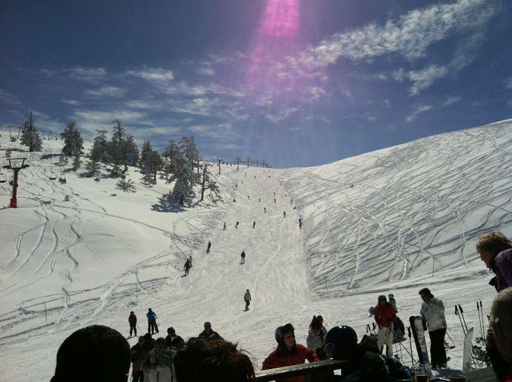 Türkiye'nin en iyi kayak pistlerinin olduğu DorukKaya Ski & Mountain Resort, Avusturya'dan gelen mühendisler tarafından projelendirilen Türkiye'nin ilk ve tek Snowpark'ı ile farklı seviyelerde tüm snowboard severlere unutulmaz anlar vaadeder.  #KartalkayaOtelleri #kartalkayaturları #kartalkaya #dorukkaya #haftasonukayak #kayakturları #kayakmerkezleri #dorukkayaotel #goldenkey