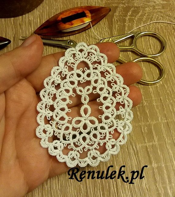 PDF original shuttle tatting pattern of the Renulek. This is not the finished item.  Tatting level – intermediate  This pattern assumes some knowledge about shuttle tatting. If you know how to make rings, chains, picots and how to join the elements – this pattern is for you.  To make the Easter egg1 you will require one shuttle. my other tatting pattern find here https://www.etsy.com/shop/Renulek?ref=l2-shopheader-name  Required materials: - 1 shuttles, - cotton threa...