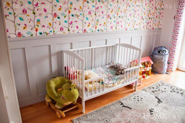 Pokój małej dziewczynki w angielskim stylu
