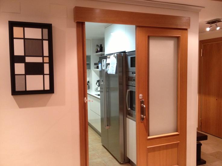 puerta corredera en la cocina