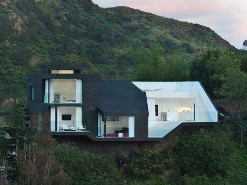 Nakahouse, Los Angeles, CA; designed by XTEN ArchitectureHollywood Hills, Nakahousexten Architecture, California Home, Interiors Design, Dreams House, Black White, Nakahous Xten Architecture, Architecture Inspiration, Modern Architecture House