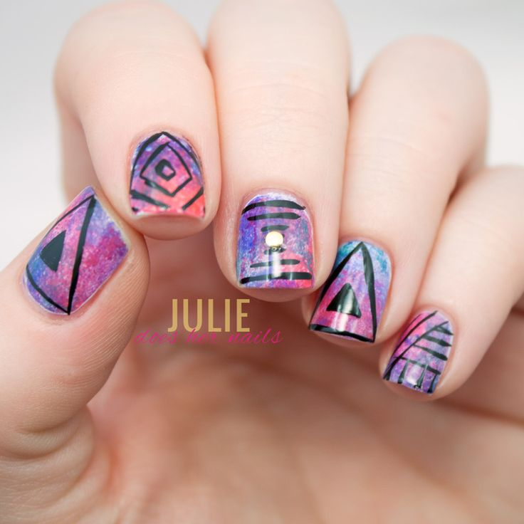 http://www.juliedoeshernails.com/2015/04/hipster-illuminati-music-festival-nails.html - Nailpolis: Museum of Nail Art