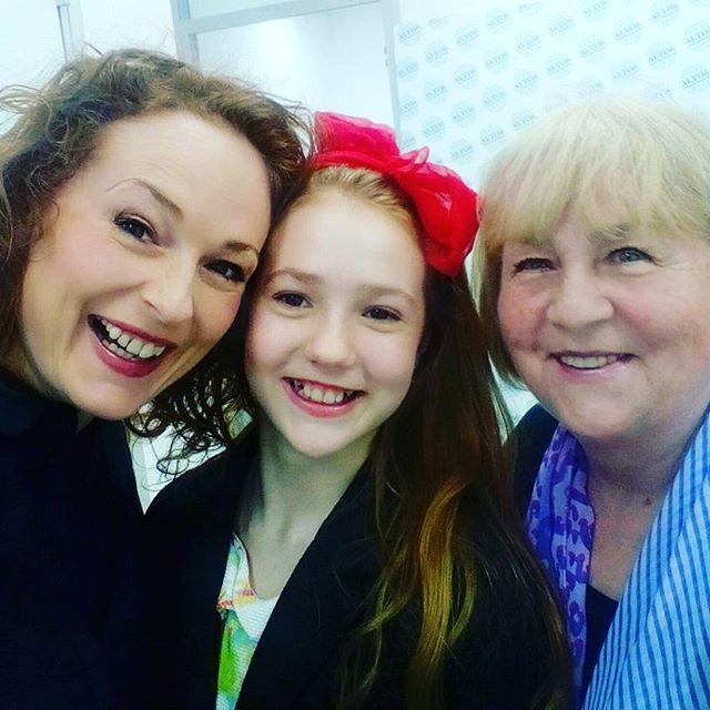 3 generace.2 mámy, 3 dcery, maximum lásky. #laska #nejvic #pouto #fun #mother #daughter #love #beloved #generations