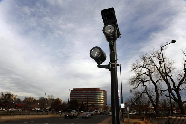 Denver Plans New Red Light Cameras But Not On Federal Boulevard Where It Actually Wants Them Red Light Camera Traffic Camera Light Red