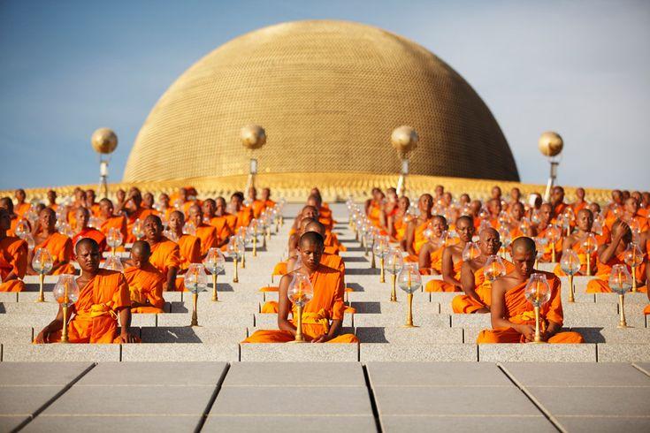 Buddhist Monks in Thialand.Dhammakaya Temples, Buddhists Monk, Travel Photographers, Luke Dugglebi, Places, Thailand Temples, Buddhists Temples, Buddha, Travel Photography