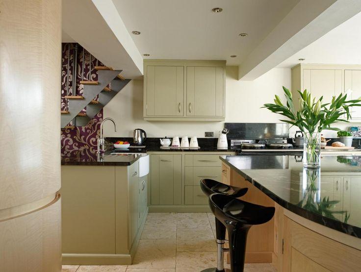 Mejores 69 imágenes de Our Friends - Kitchen & Furniture Inspiration ...