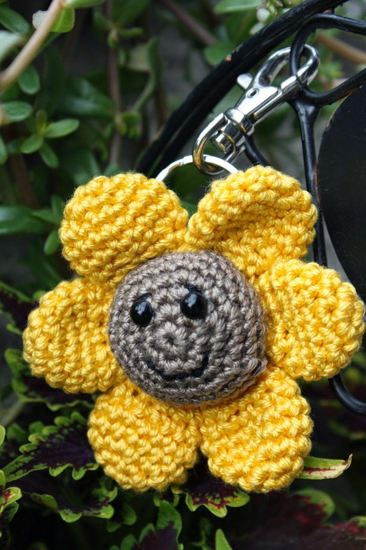 Polly kreativ: Sonnenblume gehäkelt