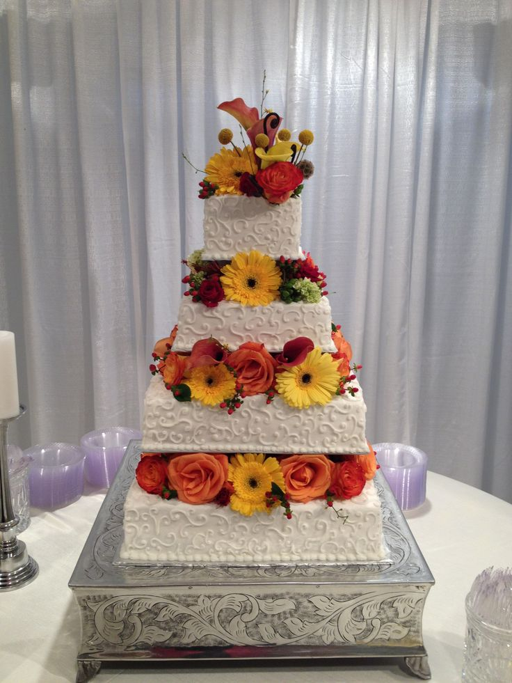 square wedding cake with flowers 21 best images about my wedding cakes and groom s cakes on 20436