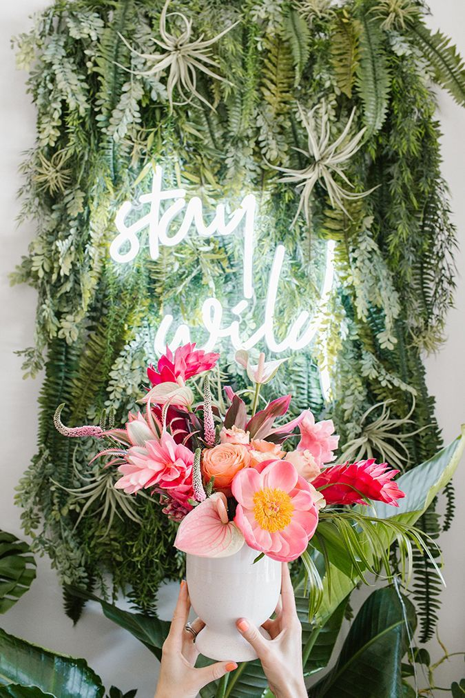 Party Planning: A Tropical Palm Leaf & Pink Flamingo ...