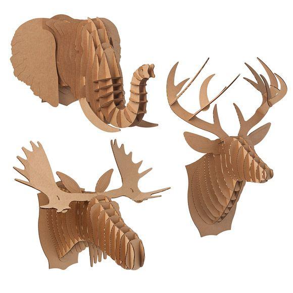 Cabeças que imitam troféus de caça, são super descoladas, e ficam bem legais pra dar uma descontraída no ambiente.