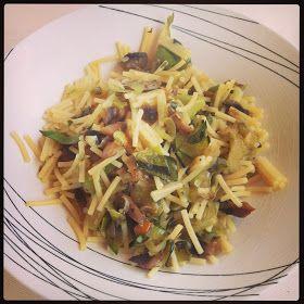11 minutos en la cocina y tendrás una receta para impresionar: Fideos con verduritas y salsa de soja.