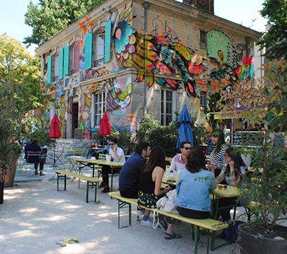 Le pavillon des canaux / 39 quai de Loire, Paris 11e, Métro Laumière. Du lundi au jeudi de 9h30 à 22h, le vendredi jusqu'à minuit, samedi de 11h à minuit et dimanche de 11h à 22h.