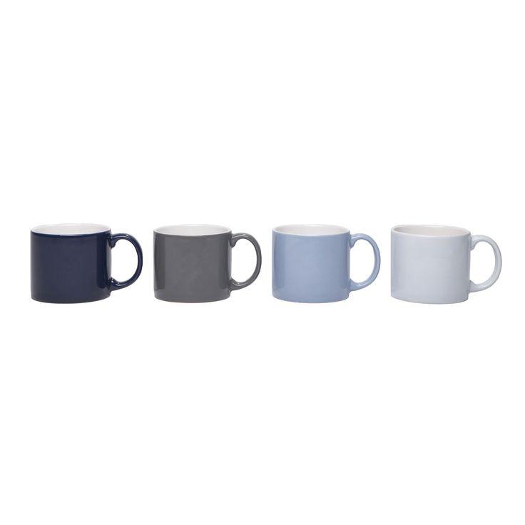 Voeg wat kleur toe aan je dagelijkse koffiepauze met deze set Jansen+co My Mug mokken! De vier mokken hebben een eenvoudig model, zijn van een uitstekende kwaliteit aardewerk en kunnen in de vaatwasser en magnetron. Wordt geleverd in mooie giftbox!