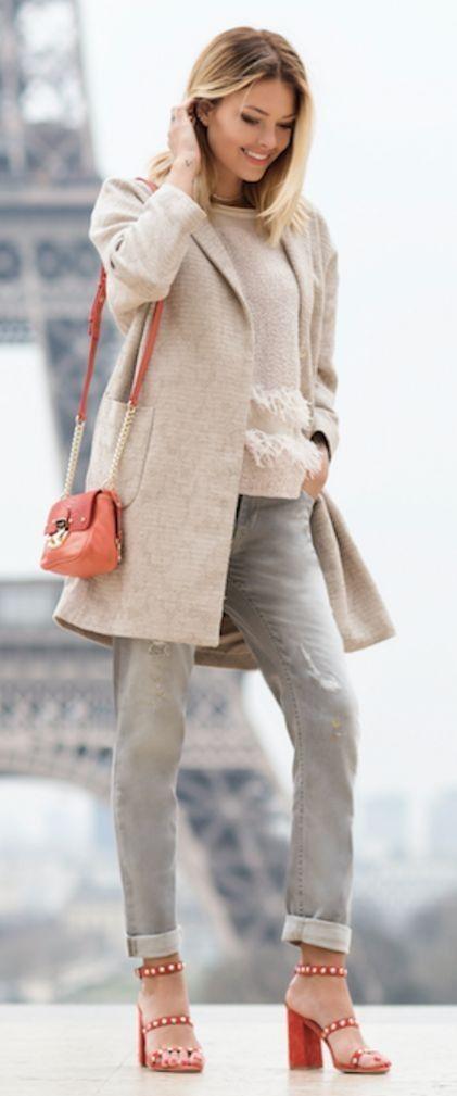 #spring #fashion #outfitideas |Beige Top + Grey Denim + Pop Of Red |Caroline Receveur & Co