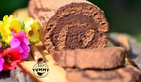 Для шоколадного бисквита: - яйца - 4 шт. + 1 белок - мука - 100 г - сахар - 150 г - шоколад черный (78% какао) - 55 г - лимонный сок - пару капель  Для крема: - сливки жирные 35 % - 400 г - шоколад черный (78 % какао) - 200 г - сахарная пудра - 2 ст.л. - кофе растворимый - 2 ч.л.  Для пропитки: - сладкий кофе как вы обычно завариваете - 100 г Для посыпки: - какао-порошок