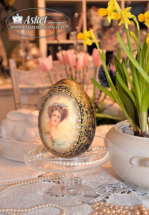 Handmade ceramic decoration - egg with a lady