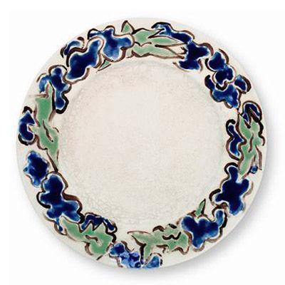 Értékmentők - Gyugyi-gyűjtemény, Zsolnay kiállítás Pécsen Tányér gróf Andrássy Tivadar ebédlőjéhez (1897) A tányér vélhetően egyedi darab. A Zsolnay Vilmos kézírásával jelzett és datált, festett mintatányért Rippl-Rónai József készítette Andrássy Tivadar gróf számára.