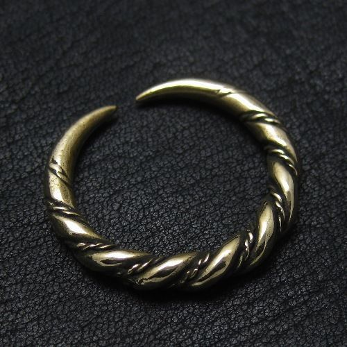 Bronze Viking ring from Gotland. Reenactment. Medieval. Norse. Sweden. SCA.