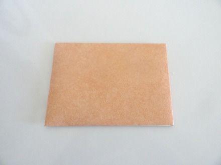 Enveloppe cadeau destinée à recevoir, chèque, argent, photo, petits bijoux, petit cadeau,  quelques chocolats ou une serviette de table... Vous pourrez la personnaliser avec une - 20632528