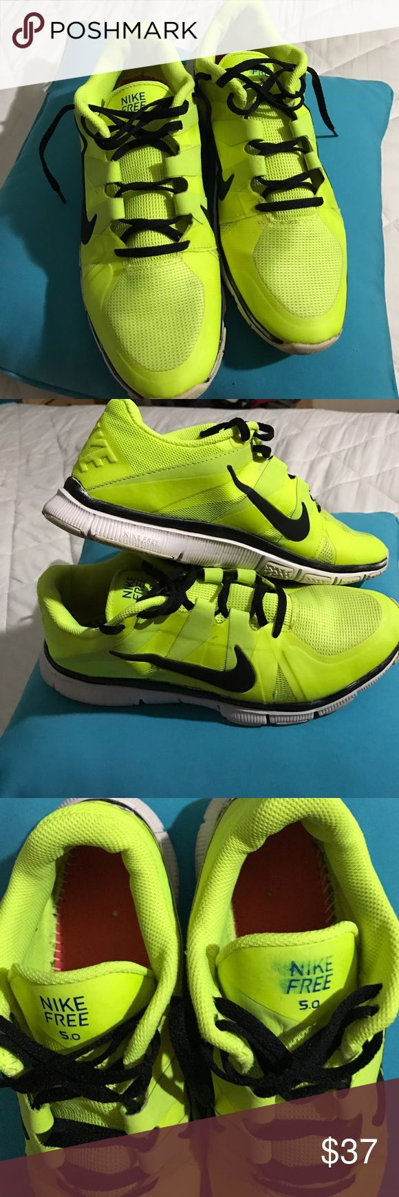 NIKE FREE 5.0 USED NO INSOLES NIKE FREE 5.0 USED NO INSOLES Worned out Still wearable condition NIKE FREE 5.0 Shoes Athletic Shoes