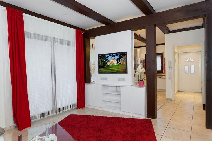 TV WALL | Die TV Wand aus Schreinerhand - TV WALL TV Wand | Fernsehwand aus Schreinerhand