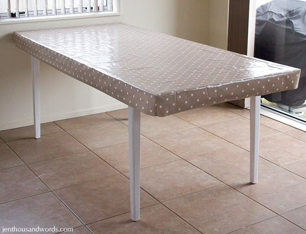 Table Makeover And DIY Fitted Tablecloth Tutorial