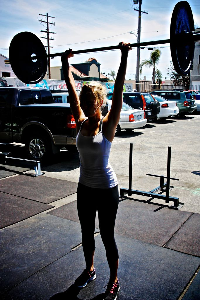 : Female Fit, Crossfit Workout, Strong Women, Clean Diet, Crazy Food, Barbell, Daily Motivation, Crosses Fit, Fit Motivation
