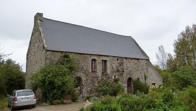 The pressoir / cider house.  MANOIR DU PARC À ST-LÔ-D'OURVILLE via http://baguette.over-blog.net