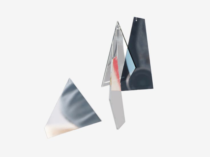 A set of Mirror Shard decorations broken into fragments. Christmas edition for 2017   Available online. #postcard #xmasdecor #decorations #sebastianbergne #xmas #christmasdecorations #sharddecorations
